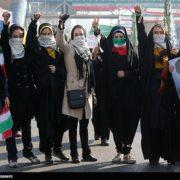 آیا الگوی سوم از زن در انقلاب اسلامی محقق شده است؟