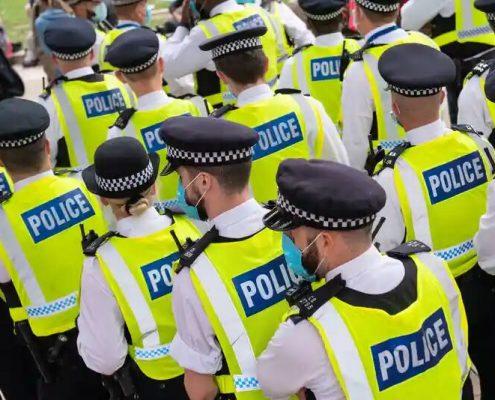 2000 پلیس انگلیسی متهم به تجاوز و آزار جنسی